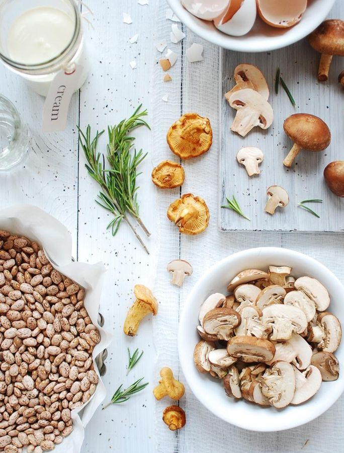"""Классик французской кухни Мари-Антуан Карем (1784-1833) говорил: """"В предварительной обработке продукта заложена половина поварского успеха."""" #франция #цитаты:"""