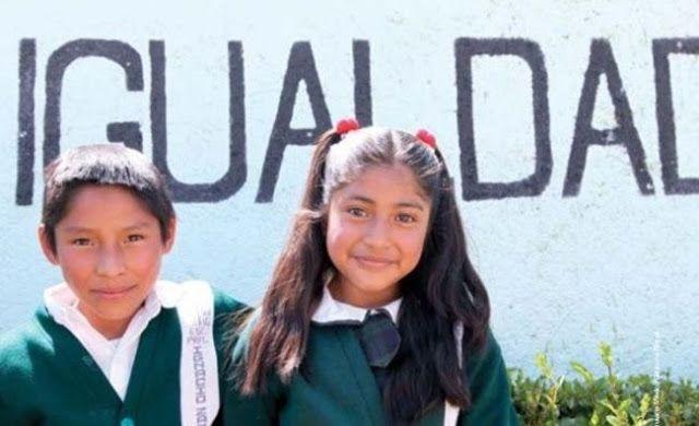 UNOS 21 MILLONES DE MENORES MEXICANOS NO ASISTEN A LA ESCUELA      Unos 21 millones de menores mexicanos no asisten a la escuelaEl 10 por ciento de las niñas y 18 por ciento de los niños dejan de asistir a la escuela por motivos familiares. La imposibilidad total o parcial de asistir a la escuela es porque trabajan entre 35 horas o más a la semana (tiempo completo). Unos 21 millones de niños y adolescentes de cinco a 17 años están fuera de las aulas en México revela un estudio realizado por…