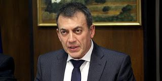 En Arxikos Politis: Βρούτσης: Καθιερώνεται η γενιά των «φτωχών εργαζόμ...