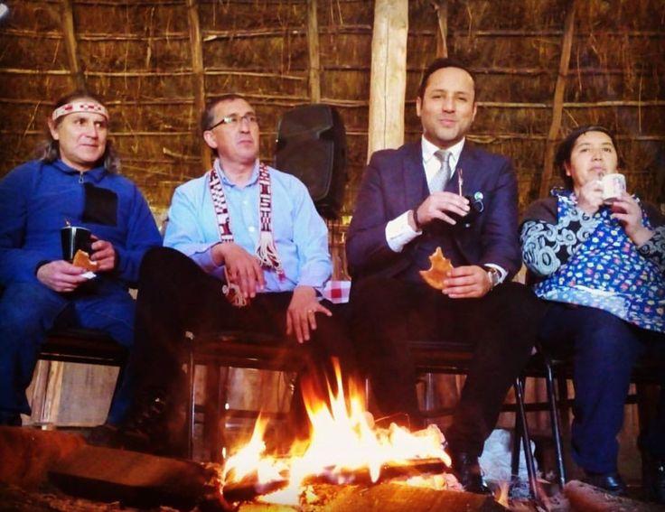 Celebrando We Tripantu en la ruca mapuche de la Parcela Municipal de Loncoche.
