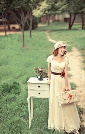 【アンティーク】親族食事会や二次会にも。花嫁らしく大げさすぎないウェディングワンピース【ナチュラル】 - NAVER まとめ