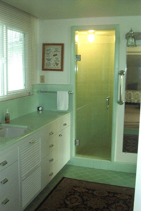 20 best images about for the home bathrooms on pinterest for Bathroom ideas 1940