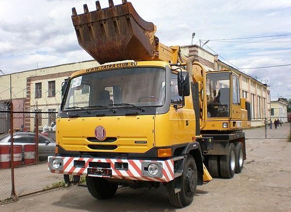 TATRA truck-excavator