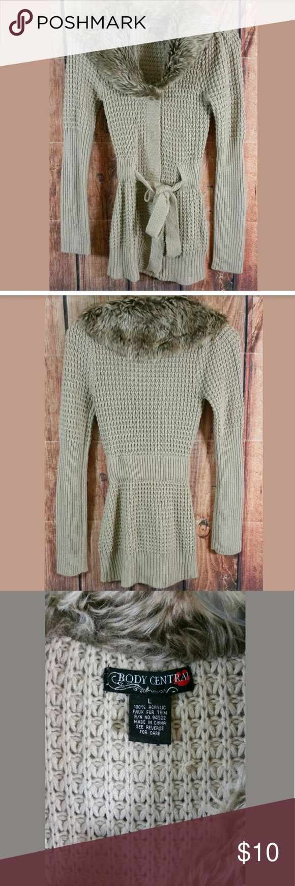 """Body Central Sweater Size Large Faux Fur Collar Body Central Sweater Size Large Beige Faux Fur Collar and Tie Belt Condition:  Great Used Condition from Clean Pet/Smoke Free Home  Measurements:  Bust (Pit to Pit): 15"""" Length: 29.5"""" Body Central Sweaters Cardigans"""