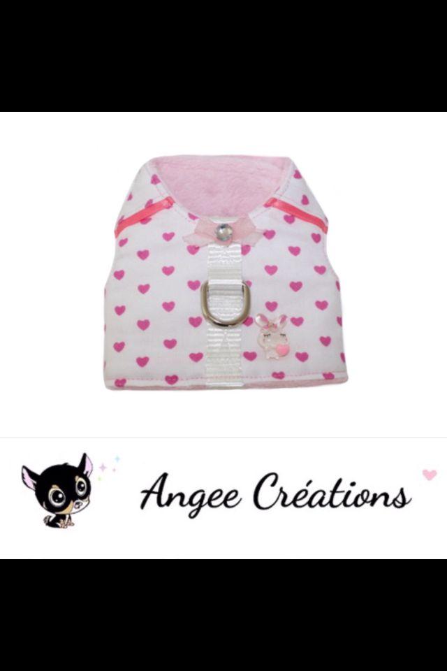 Harnais Coeur roses pour petit chien de la marque Angee Créations. http://www.alittlemarket.com/boutique/angee-creations