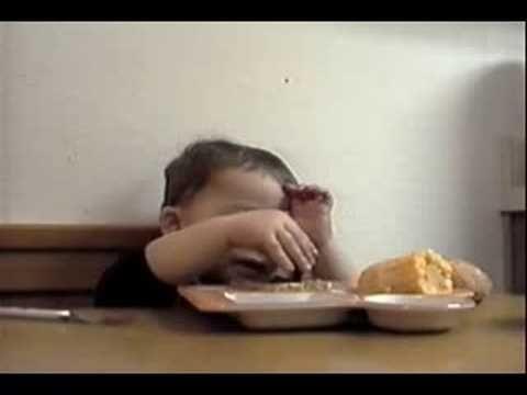 Little Boy Sneaks Food While Pretending to Pray - Beliefnet.com