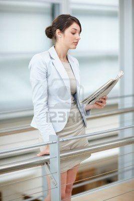 Succesvolle vrouwen lezen de krant!