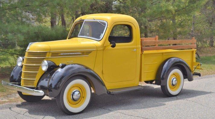 1940 International D2 Pickup