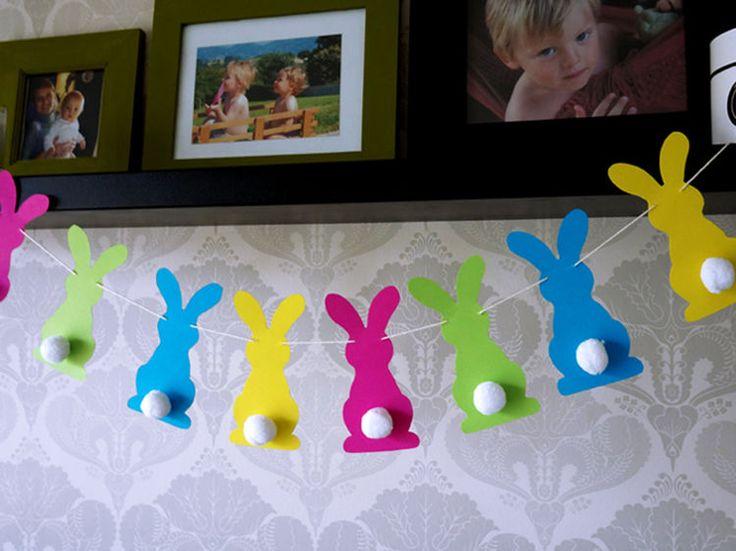 Ces petits lapins en papier seront du plus bel effet pour décorer votre intérieur à l'occasion de Pâques.