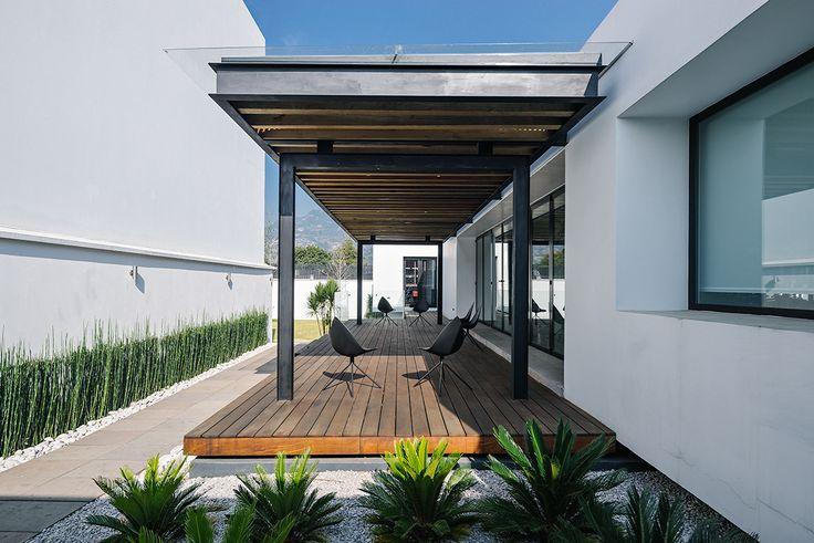 Casa Nochebuena | Dionne Arquitectos | #landscape #terrace #garden #outdoor