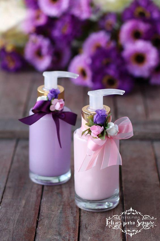 Dicas de Kits Artesanais para Banheiro http://www.artesanatopassoapassoja.com.br/kits-artesanais-para-banheiro/
