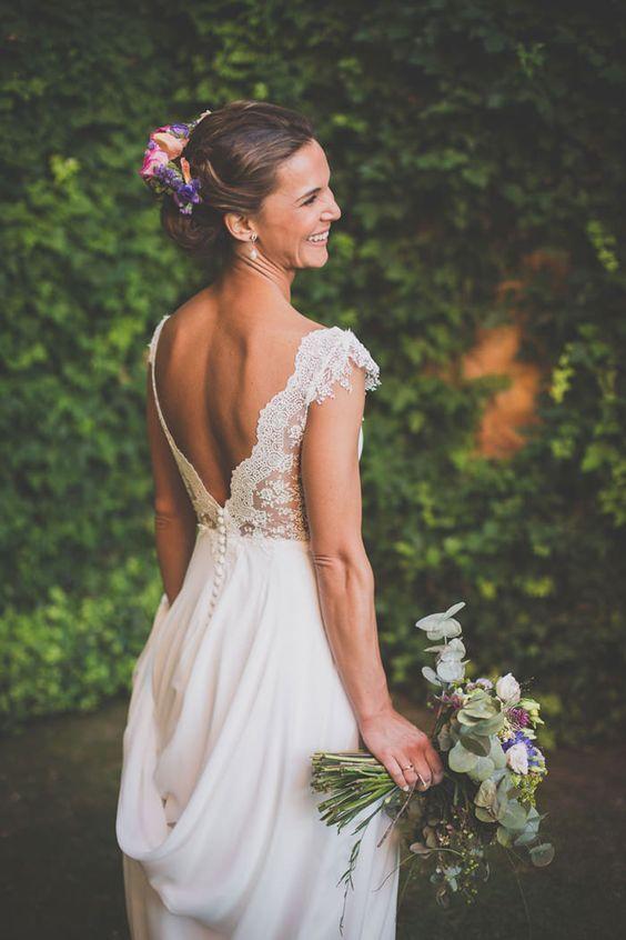 Plus de 50 robes de mariée avec idées de dos en forme de V 51 – Fiveno
