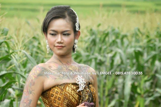 Contoh Rias / Make Up & Vector Tatto Body : Gadis Model Indonesia - Ratuayu.com - Rias Pengantin Indonesia ||| Fotografi oleh MG Fotografi, Fotografer Purwokerto ||| ratuayu.com :: rias pengantin purwokerto, rias pengantin banyumas - Foto dikerjakan oleh : KLIKMG.COM - Fotografer Purwokerto / Fotografer Banyumas