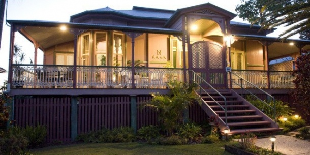 Oceania / Australia / Shorncliffe, near Sandgate Brisbane ->  We are a | Historical Queenslander, part of Brisbane's proud heritage, offering B and self-contained accommodation    Where | In Brisbane's Sandgate, bordered by the natural beauty of Moreton Bay & Islands, Sandgate & Shorncliffe Foreshores and Boondall Wetlands    Why stay | Naracoopa Bed & Breakfast is all about location, luxury and tranquillity in Brisbane's original dress circle | www.SwapNights.com
