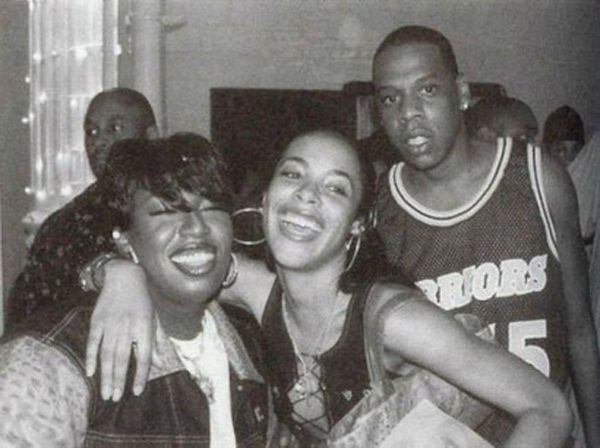 25 Awesome Pictures Of Aaliyah In The '90s