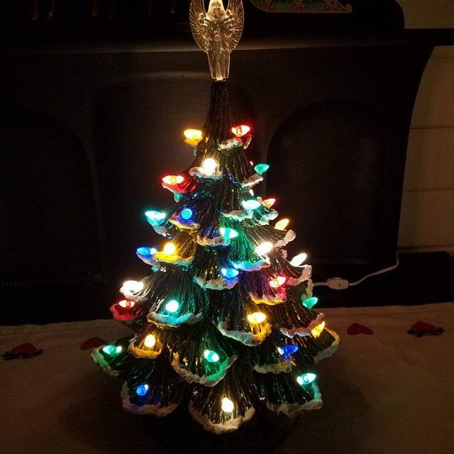 Ceramic Christmas Tree Extra Large Nowell Rough Branch Ceramic Tree 2 Ring Extenders Lighted Base 23 Tall Made In Usa Ceramic Christmas Trees Christmas Tree Hand Painted Mugs