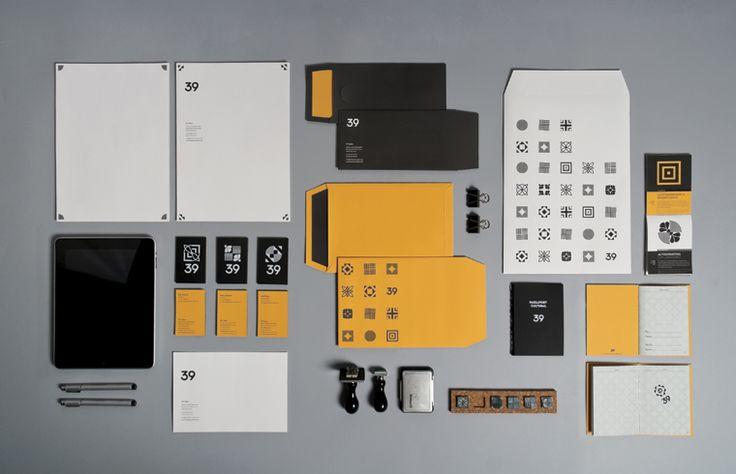Bronce Laus 2013 | Proyecto Final de Estudios | Título: Sistema identitario para la sala 39 |  Autor: Alexander Schmidt | Escuela: Elisava