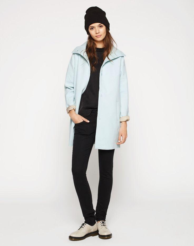 Lockerer #hellblauer #Mantel von #Vila. Dieser Mantel begeistert mit seiner #Oversize-Form und #trendiger Farbe. ♥ ab 44,90 €