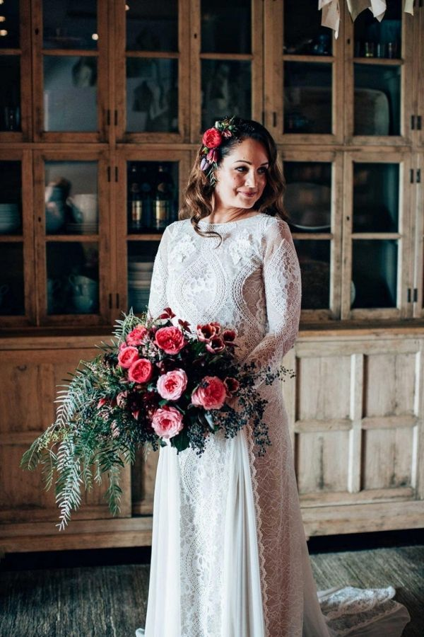 Intimate Rustic Newrybar Wedding in Red and Green | Figtree Wedding Photography