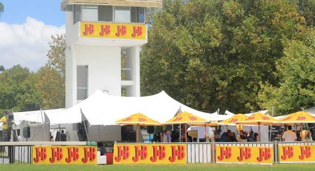RHI has been the proud stretch tent supplier to the J&B Met since 2007 – the biggest horse racing event in South Africa.