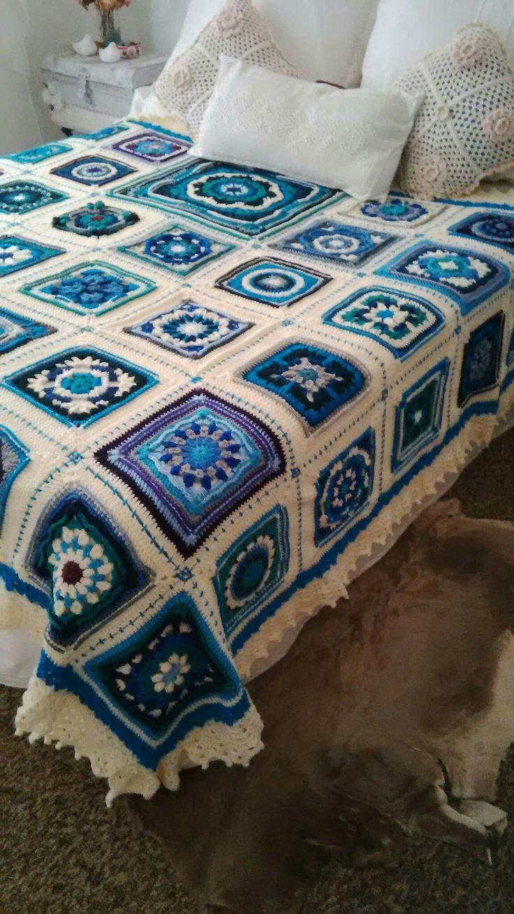 Best 25+ Crochet bedspread ideas on Pinterest | Crochet ...