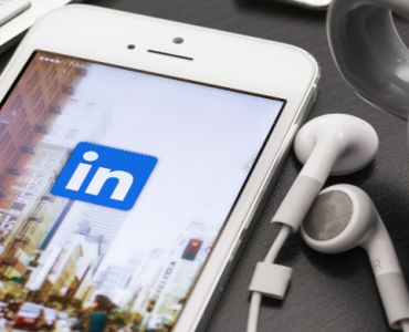 Why LinkedIn Is Now Such a Powerful Content Marketing Tool http://blog.visual.ly/linkedin-now-powerful-content-marketing-tool/ via @visualy #Linkedin #contentmarketing #tools