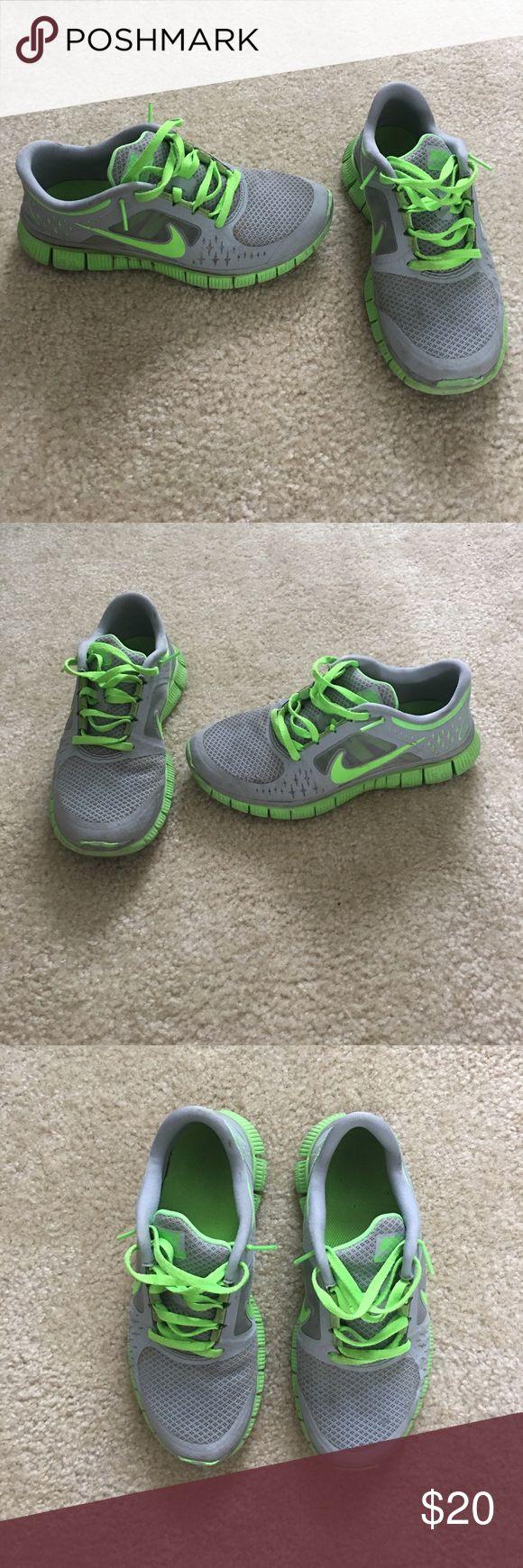 Women's Nike Free Run 3 Shoes. Size 7! Nike Free Run 3 shoes! Size 7! Nike Shoes Athletic Shoes