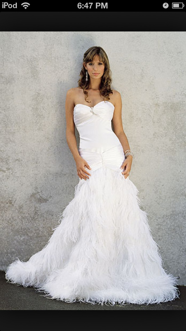 73 best Wedding Gowns images on Pinterest | Wedding frocks ...