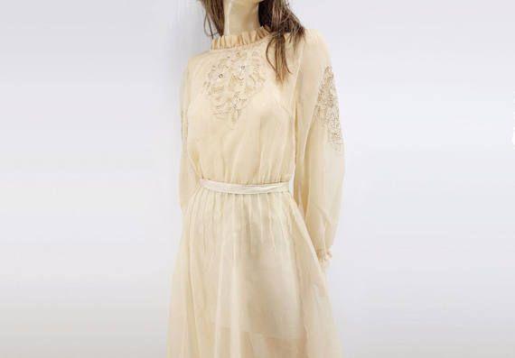 80s uit witte jurk boter gele jurk geborduurde jurk jaren 1980