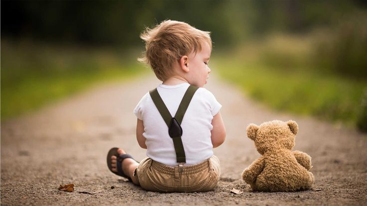 Cute Teddy Bear HD Wallpapers http://www.wallpaperidol.com/cute-teddy-bear-hd-wallpapers/