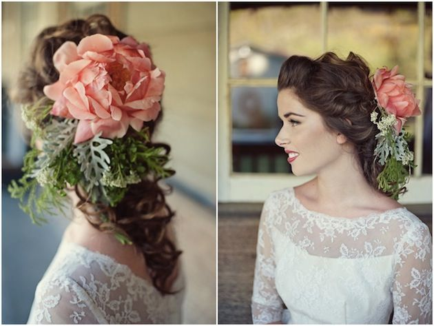 Real Flower Bridal Hair Accessories : I am obsessed with real flower hair accessories they