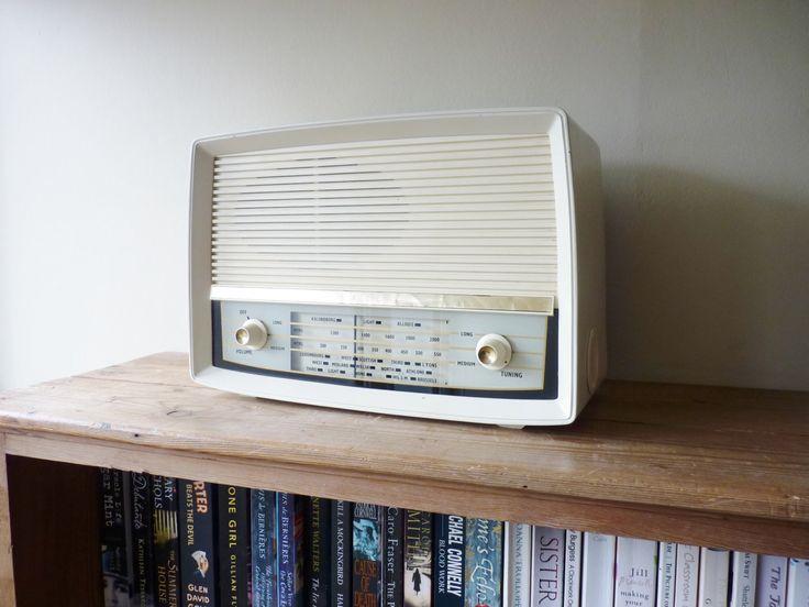1959 Vintage radio modified to be used as an mp3 iPod or personal DAB radio amplifier