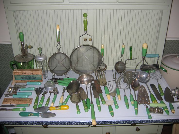 Cream and Green Vintage Kitchen Utensils