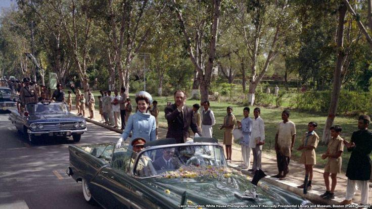 #world #news  Jacqueline Kennedy In Pakistan  #StopRussianAggression @realDonaldTrump @POTUS @thebloggerspost