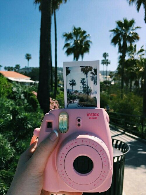 Pink Polaroids // In need of a detox? Get 10% off your @SkinnyMeTea 'teatox' using our discount code 'Pinterest10' at skinnymetea.com.au