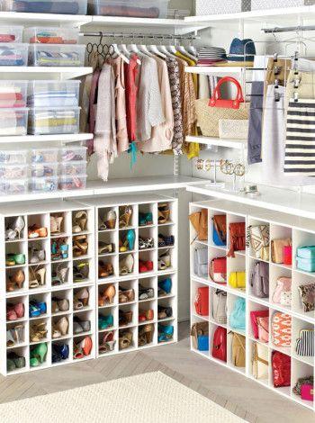 Хранение обуви и сумок в гардеробной фото