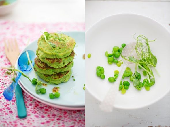 Green pea pancakes with smoked salmon and goat cheese: Healthy Green, Smoked Salmon, Green Soups, Smoke Salmon, Green Pancakes, Peas Pancakes, Goats Cheese, Flour Pancakes, Green Peas