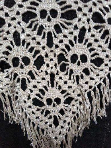 Doodshoofd sjaal gemaakt in phil paillettes