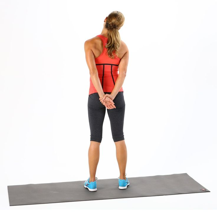 4 Desk Stretches to Relieve Neck and Shoulder Tension