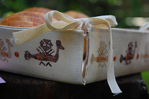 Látkový košíček s motívom vták hrbáč /béžovy-hnedy-biely/