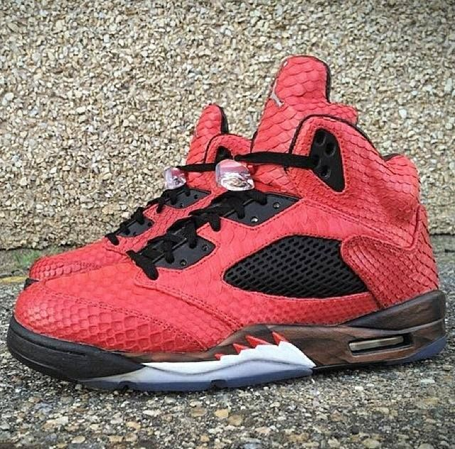 968eb1ffbe3976 ... JBFCustoms partnered with Mache Customs in creating these special Air  Jordan 5 ...