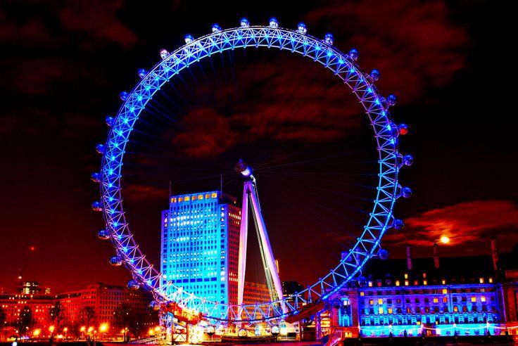 London Eye at Night. Lights, sky, moon, blue.