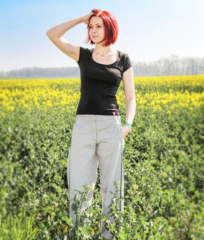 Bloggerin shadownlight zeigt, wie 'Frau' Polly so trägt 👍! DANKE