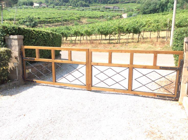Cancello in larice termotrattato Bio Antique finitura noce agli agrumi