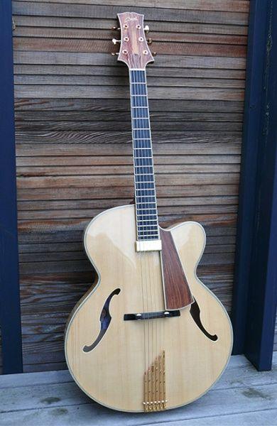 Cheval Guitars Strad Artisan                                                                                                                                                                                 Plus