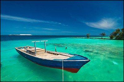 Pulau Seribu (Thousand Islands): West Java   Indonesia Logue   ...BLUE! Sky. Ocean. Paradise.