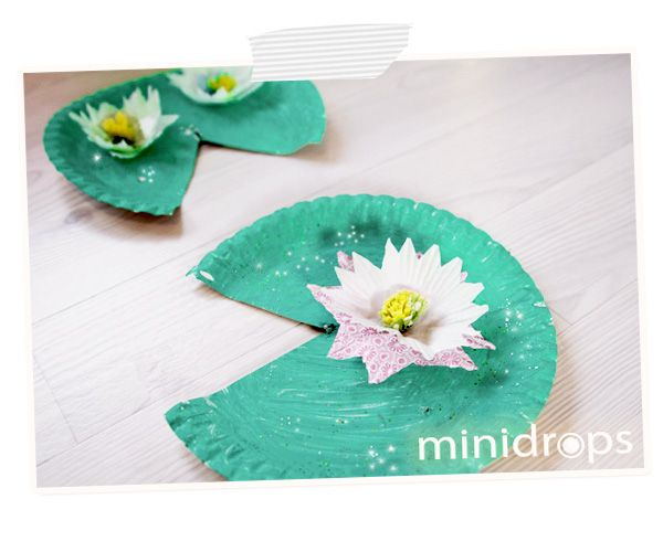 Glitzer Seerosen / Water Lilly Craft - Paper Plate and Cupcake Liner