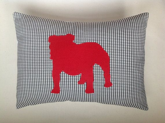 Georgia Bulldog Silhouette Pillow by ThePillowChicks on Etsy   35 00. 32 best Red and Black images on Pinterest   Football season