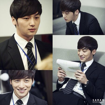 Misaeng: Byun Yo Han is sporting a new haircut. I like this better than his old one.