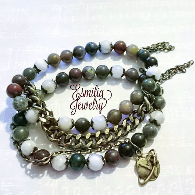 WEBSTA @ esmiliasmycken - Natural agate #smycken #pearls #armband #armbånd #smykke #smykken #bracelet #braceletstacks #jewelrymaking #jewelrydesign #jewelry #handmadejewelry #handmade #mode #shopping #design #gemstones #gemstone #gem #gems #antique #male #fashion #eath #agate #indian #brass #chain #etsy #bohemian